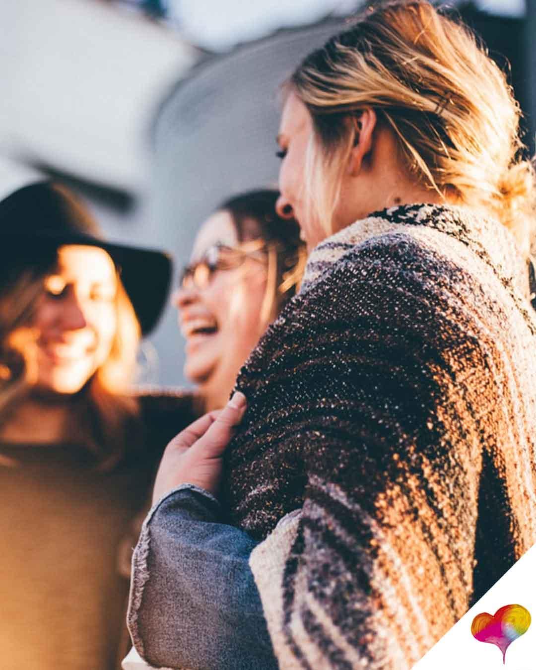 Wie soll man neue Leute kennenlernen? (Liebe und Beziehung, Freundschaft, Psychologie)